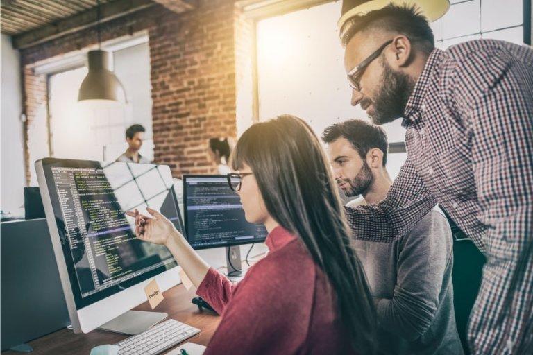 custom-multivendor-software-development-team